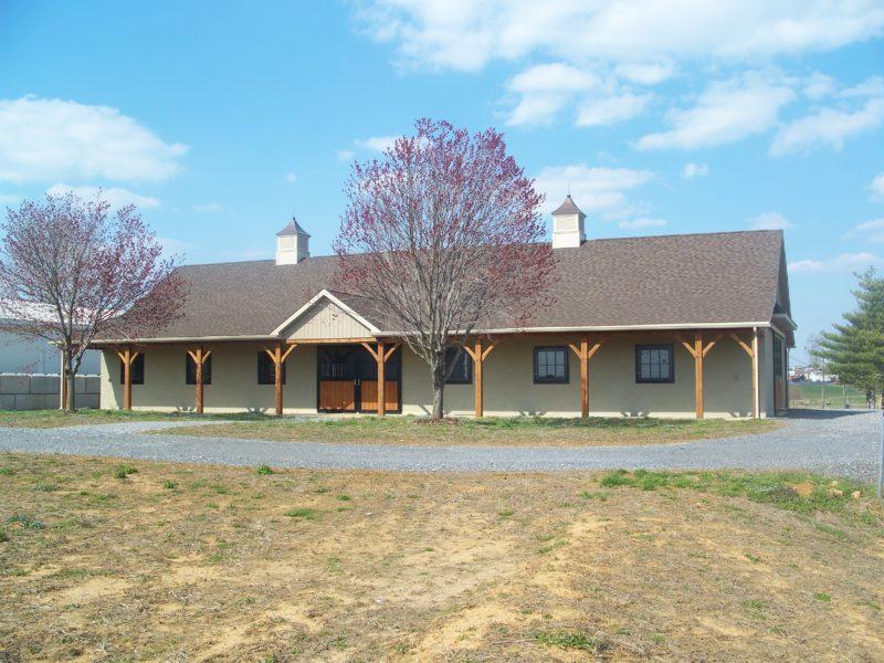 Custom Horse Barn – PA